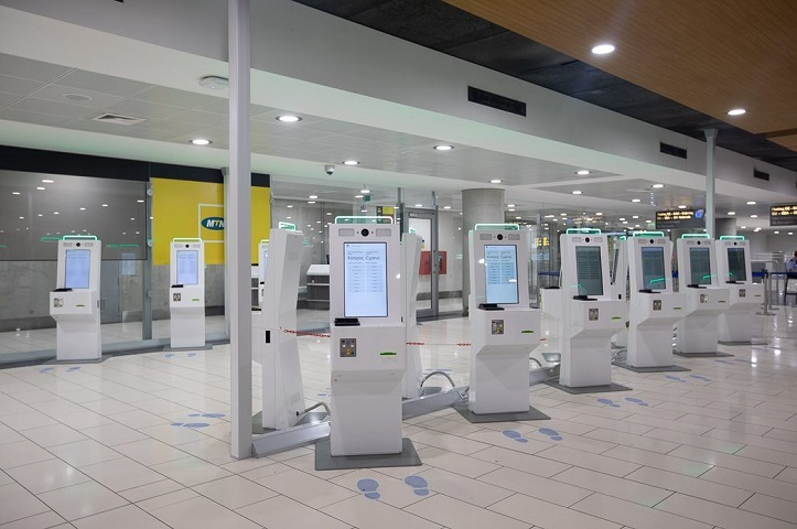 Larnaka Airport - BorderXpress™ kiosks